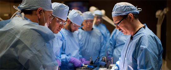 Dr. Bob Baravarian Leads Surgical Training